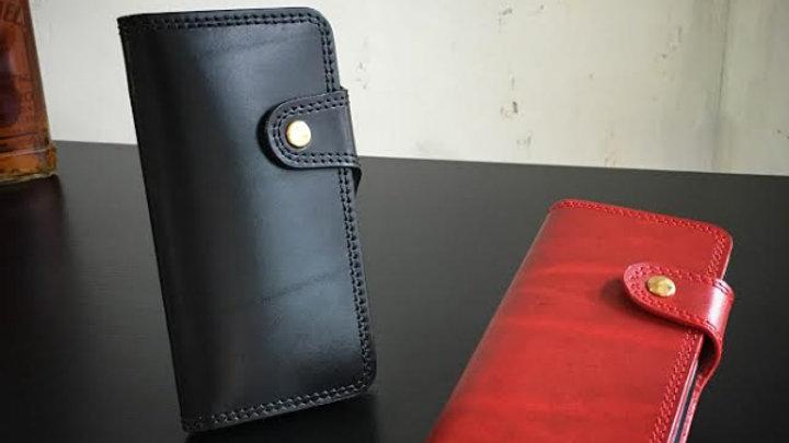 ルガトショルダー使用のiPhone7用革製スマホケース