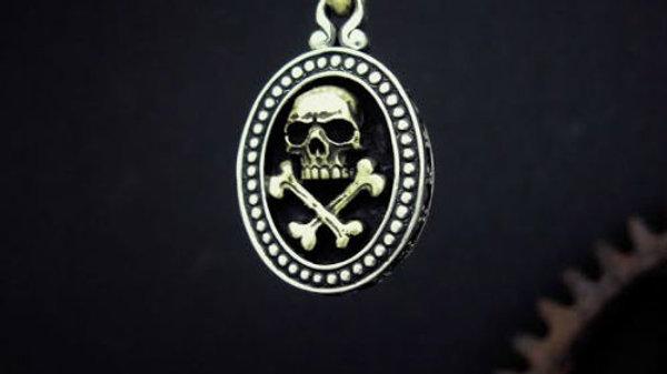海賊モチーフのシルバーペンダント