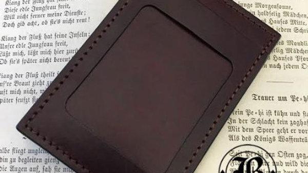 ルガトショルダーを使用した本革製レザーパスケース