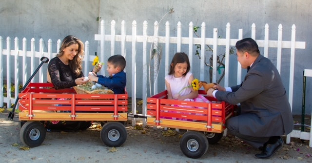 Red cart with kids