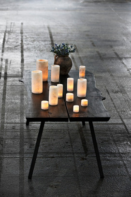 TABLE with alabast lamps for mailchimp.j