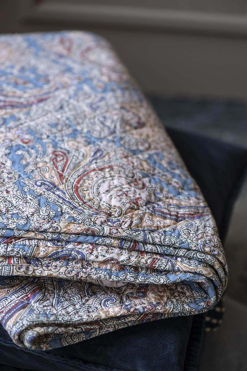 Hyggelig Paisley Quilt
