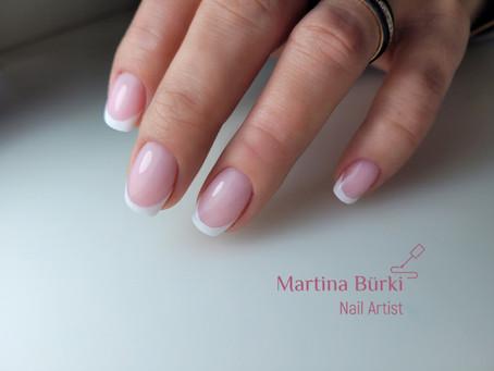 Klassische French Nails