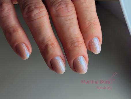 Glimmer Nails