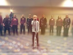 Lilia sings Hallelujah with Ronstars