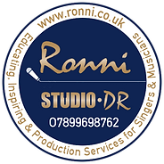 Ronni circle Logo-Stickers Studio DR - M