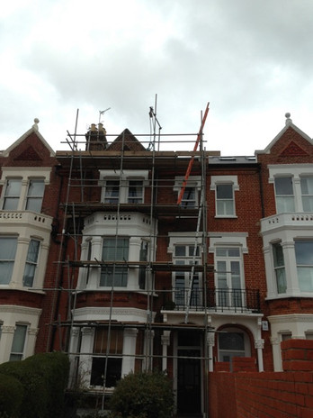 Front Scaffold for decoration - 02-03-14