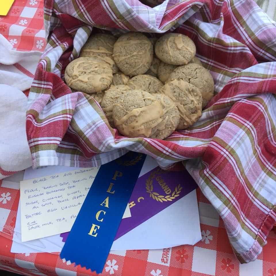Black tea and cardamom cookies