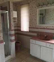 10%20Interior%20bathroom_edited.jpg