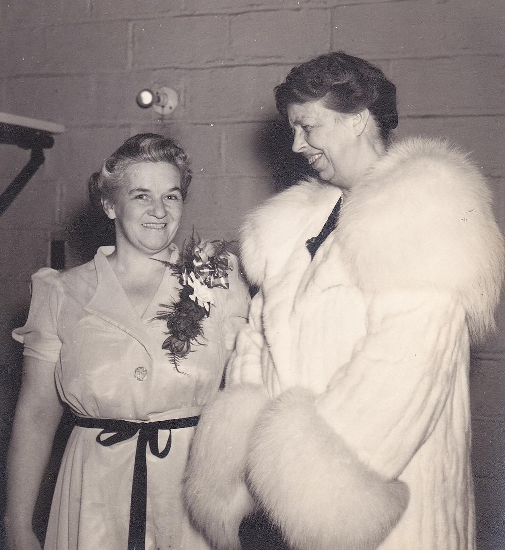 First Lady Eleanor Roosevelt visits Greenbelt, 1942