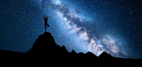 milky-way-with-silhouette-of-a-standing-woman-prac-P8H6H8W_edited_edited.jpg
