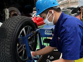 Căn chỉnh độ chụm bánh xe