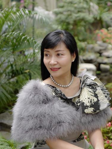 Bà Trịnh Thu Hương