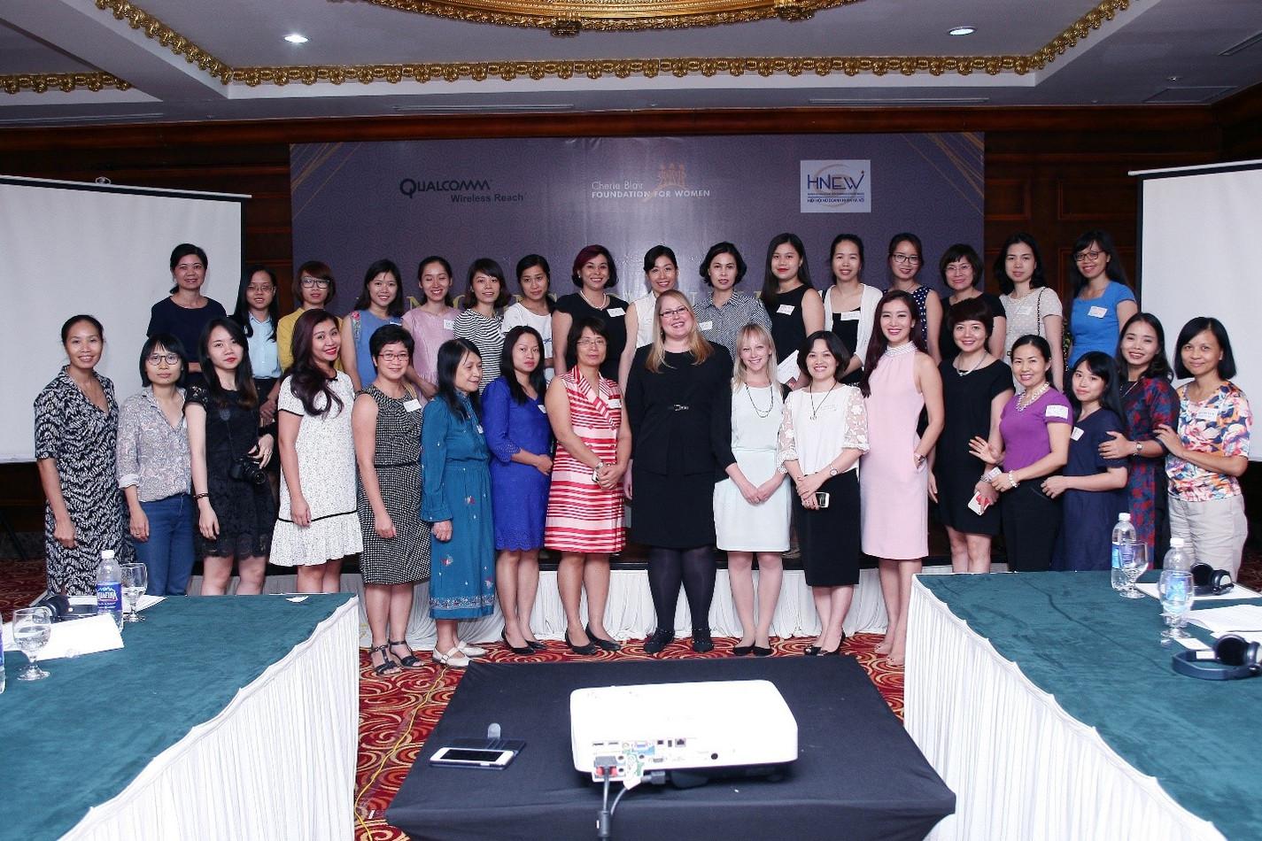 Hỗ trợ phát triển mạng lưới nữ doanh nhân Hà Nội