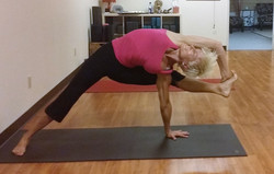 Shanti-Kitti-Yoga-Sophia-Indoor1