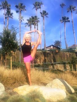 Shanti-Kitti-Yoga-Sophia-Out2