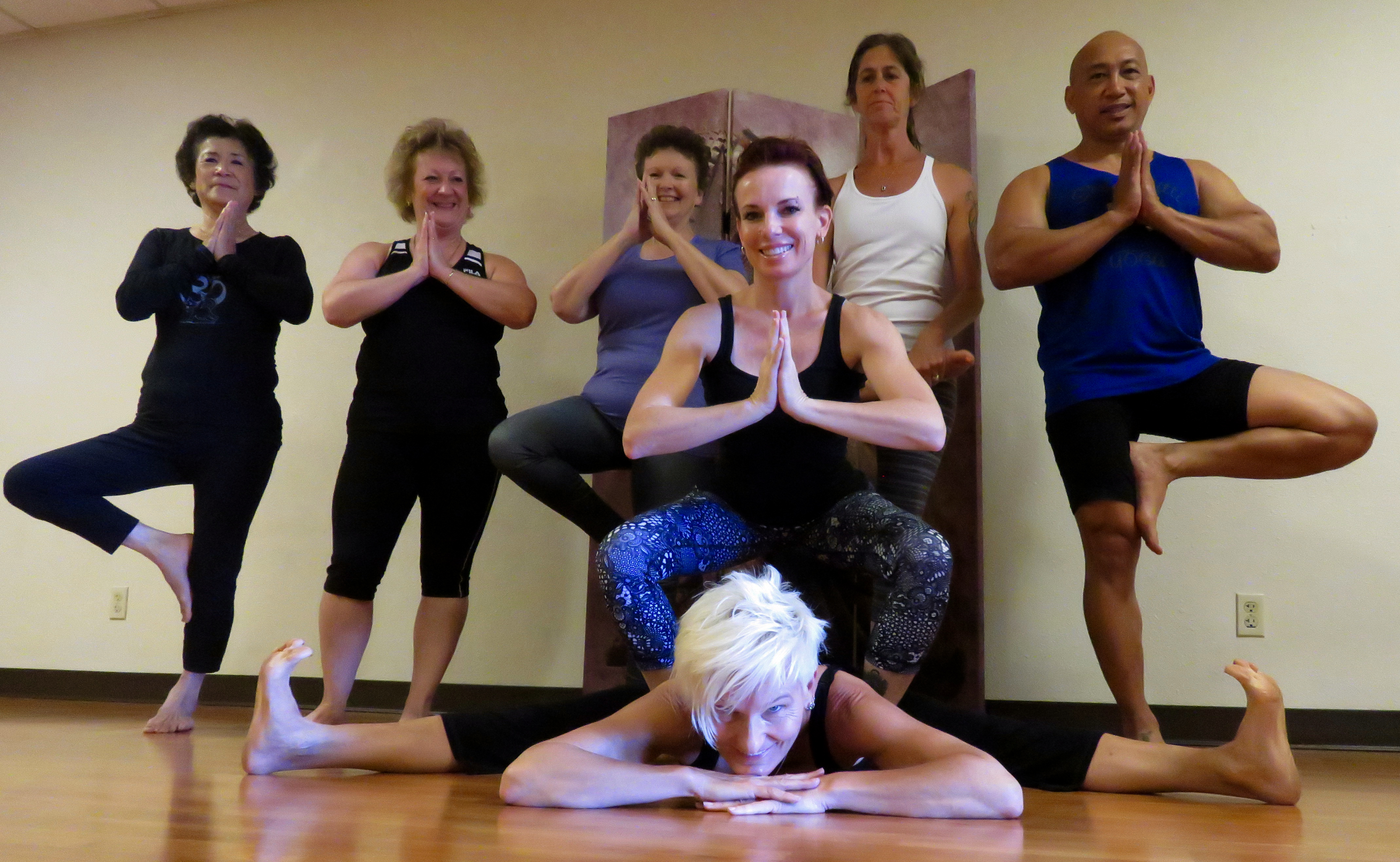 Shanti-Kitti-Yoga-Group
