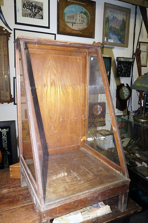 Early 1900s Countertop Display Case