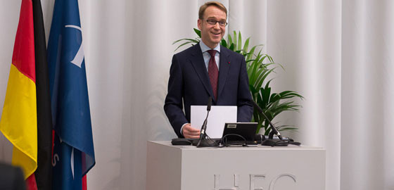 Jens-Weidmann-Bundesbank-HEC-Paris-2013.jpg