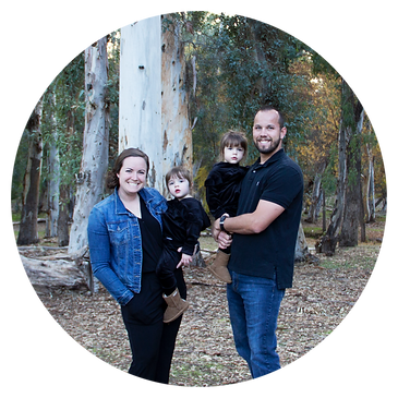 FamilyPhotoCircle-01.png