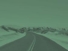 구불 구불 한 도로