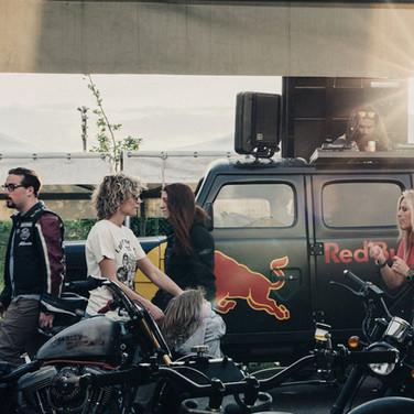The reunion - MonzaRacetrackRedBull.jpg