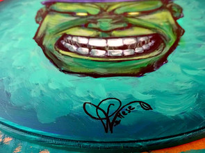 Oeuvre finalisée Hulk sur panneau signalétique