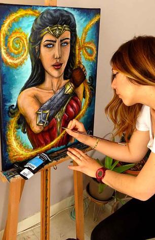 Wonder Woman presque prête pour son expo