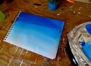 Faire un ciel bleu en dégradé à la peinture acrylique