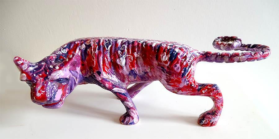 sculpture pop art animal