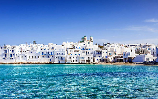 Chef-catered luxury villas and concierge services in Paros