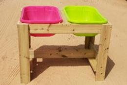 שולחן חול\מים