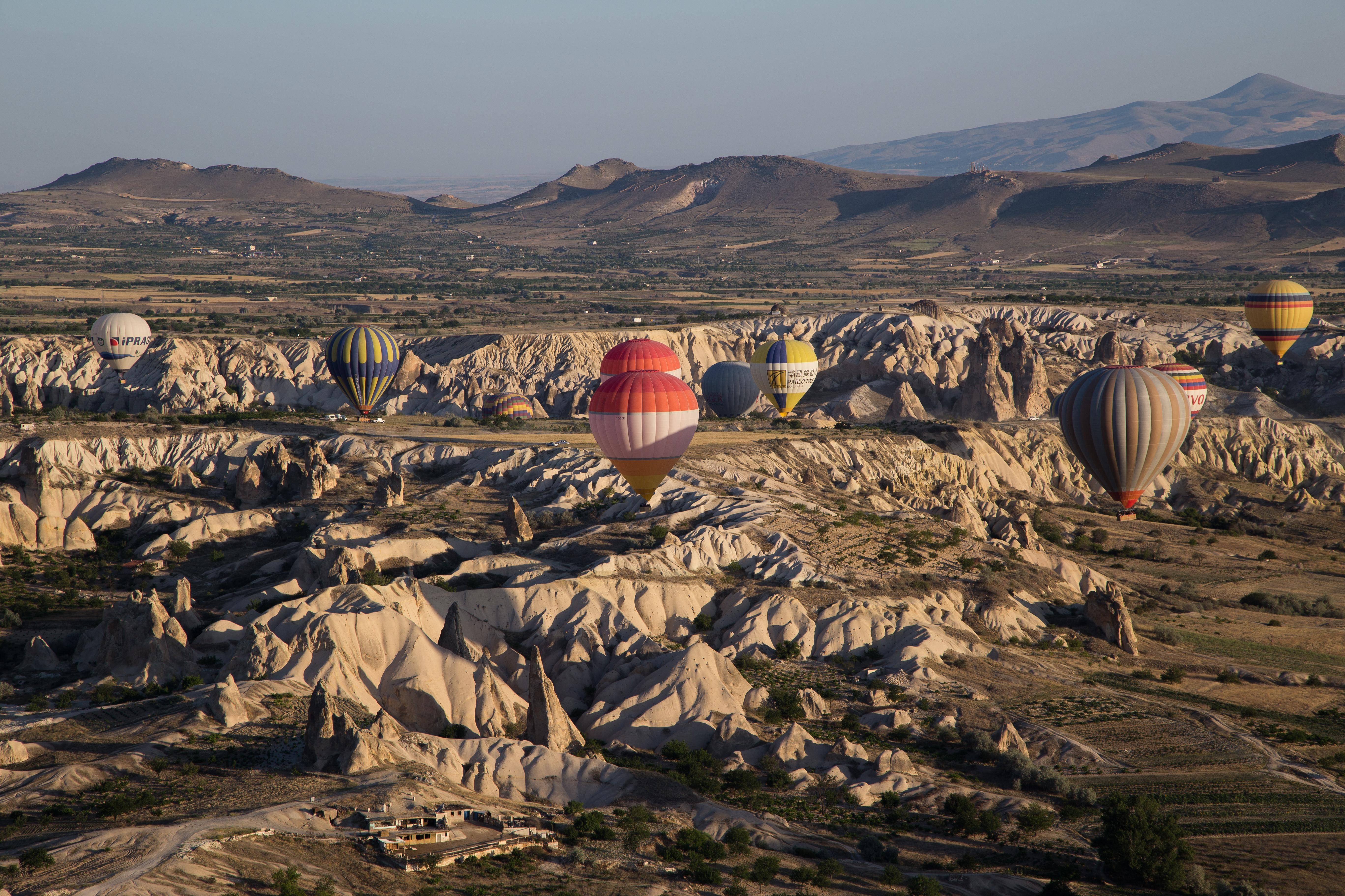 Ballooning_14563701522_o