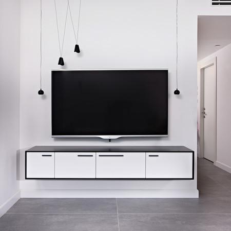 עיצוב גופי תאורה ויחידת טלויזיה
