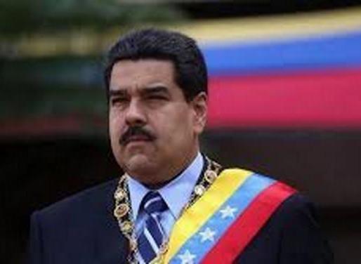 Maduro ordena comenzar la venta de petróleo en la criptomoneda petro