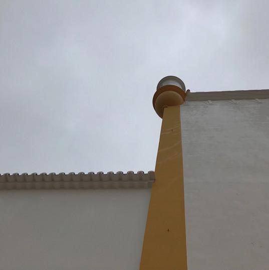 Horizontal Yellow