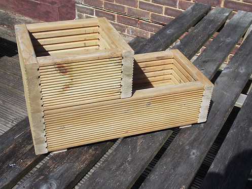 Steeped wooden planter