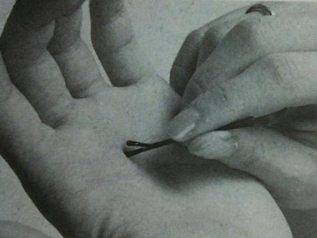 初心者でも指を使わないでツボを押す方法。