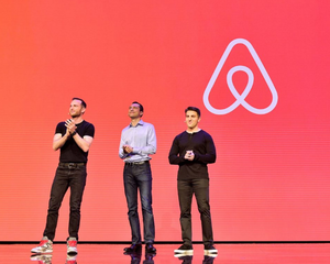 Fundadores de Airbnb: Brian Chesky, Joe Gebbia y Nathan Blecharczyk