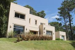 Casa Laguna Blanca - Manantiales
