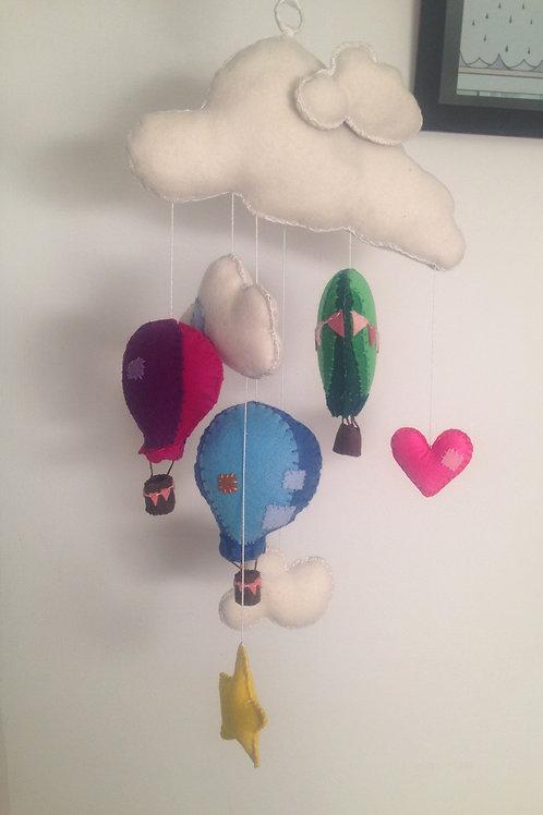 HOT AIR BALLOON BABY MOBILE