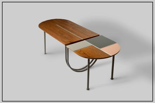 שולחן עץ.jpg