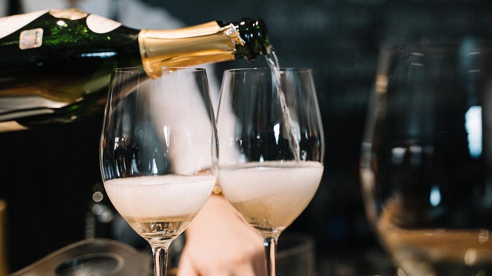 Kā orientēties plašajā Francijas dzirkstošo vīnu pasaulē