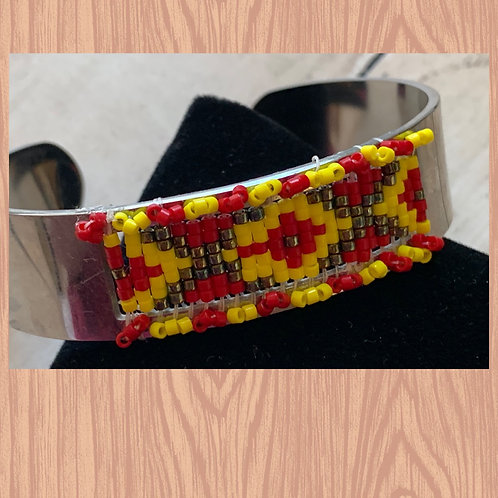 Weaving on a cuff