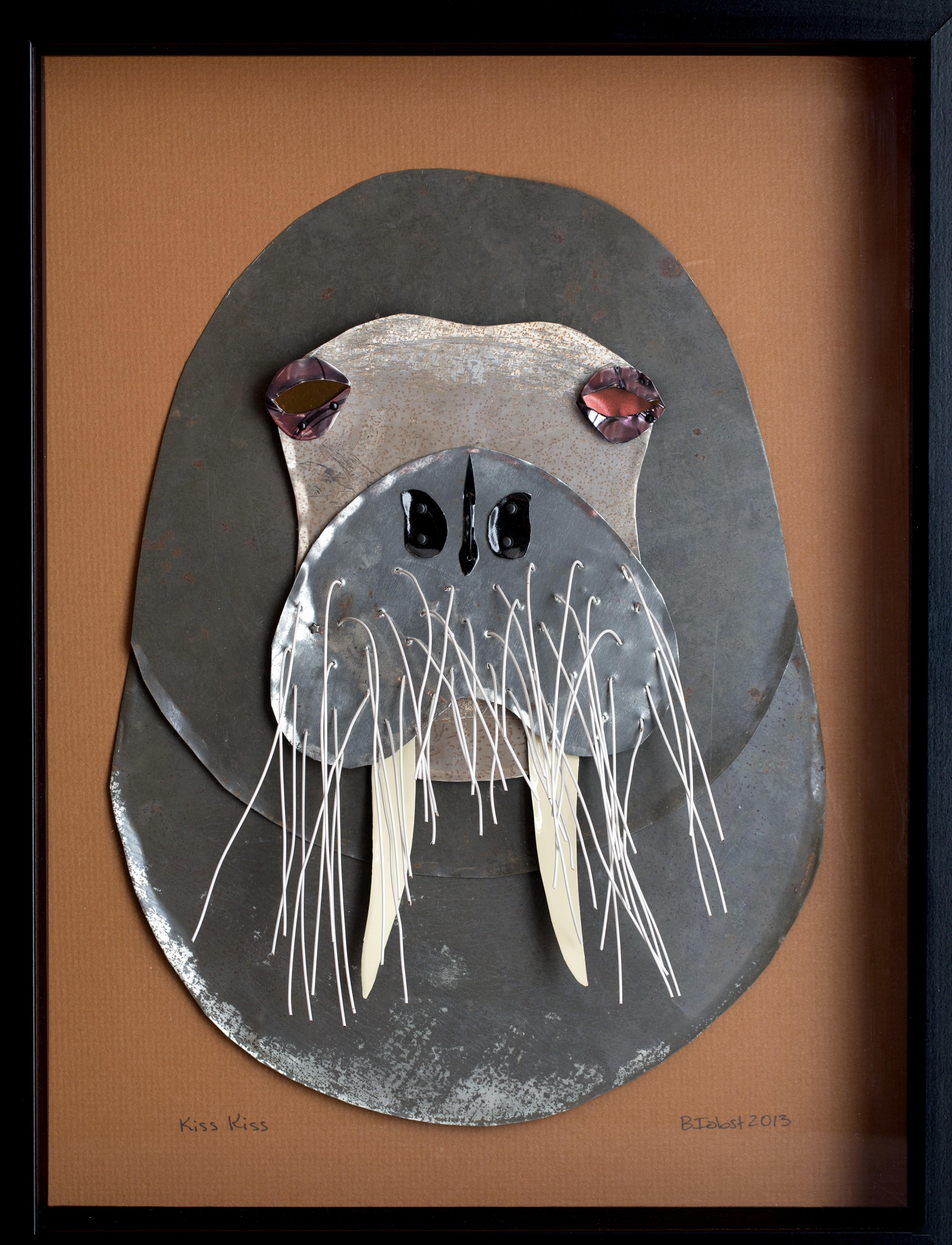 """""""Kiss Kiss"""" - walrus"""