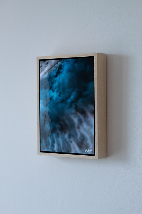 'Gannel V' Framed Mini