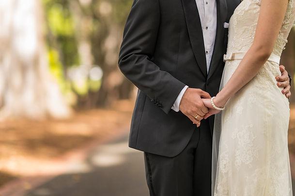 Pre-wedding photos taken in Fiztroy garden