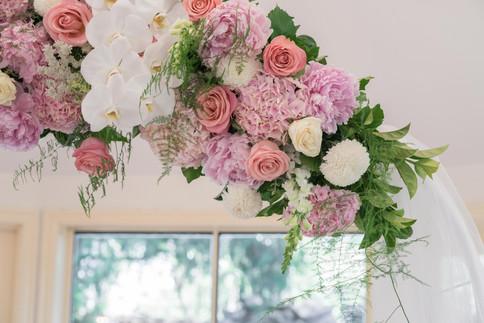 wedding arch flowers details