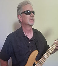 Tim Heatherington - bass