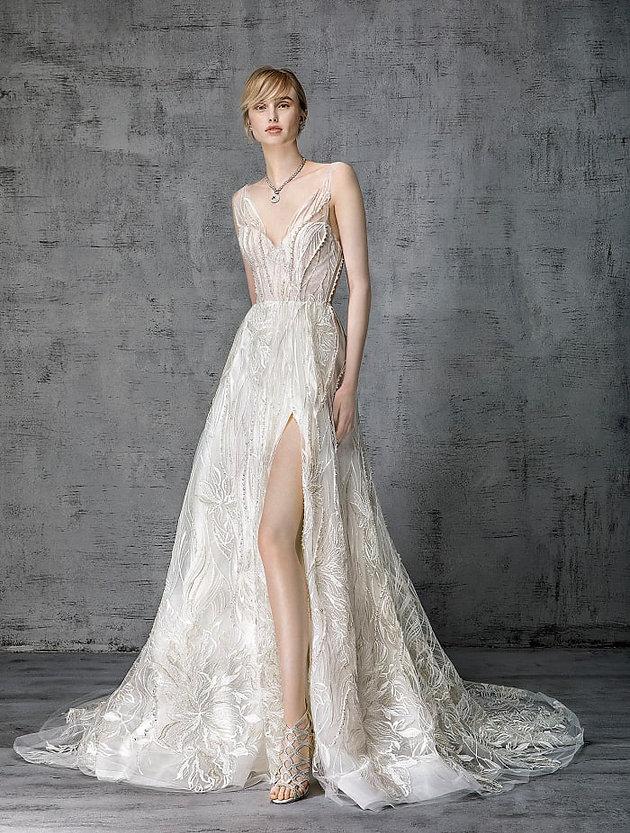23b1370ed09 THE 11 BEST WEDDING LOOKS FOR SPRING 2019 - Fashionista.com ...